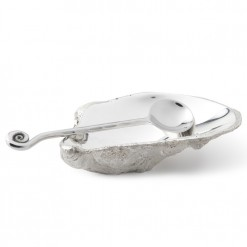 Oyster Shell with Spoon