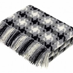 Houndstooth Charcoal Throw